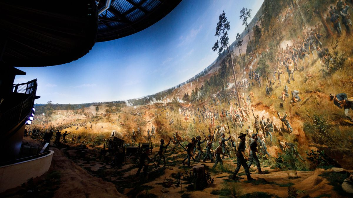 Touring Atlanta's cyclorama, an engineering, architectural, and historical marvel