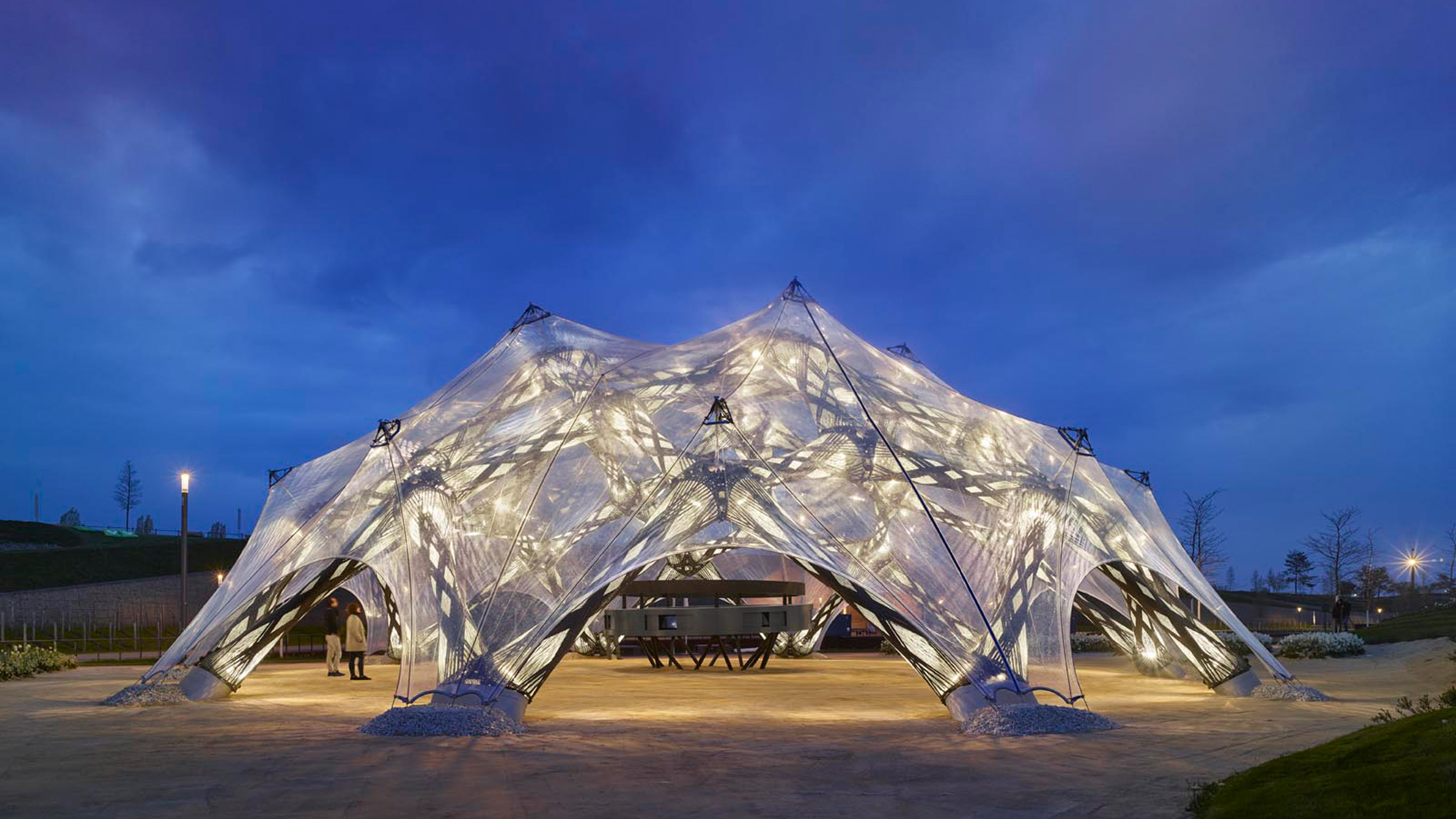 University of Stuttgart creates biomimetic pavilions based on sea urchins and beetle wings
