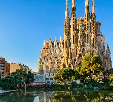 5 Amazing facts about Barcelona's Sagrada Familia church